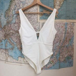 NWOT Tiger Mist white bodysuit large